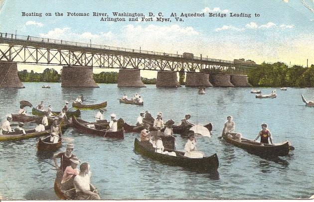 Belle_Époque_canoeing_in_Georgetown_(485466358)_(2)